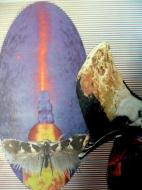 """Karel Otten, collage """"een raar ei"""" afm. 30 x 40 cm."""