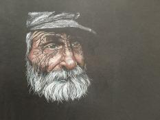 "Thera Klooster, kleurpotlood op zwart papier ""great old man"" afm. 31 x 21 cm."